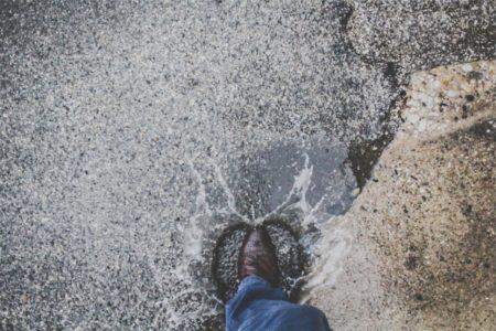 革の水シミの落とし方とは?革バッグや革靴のお手入れの豆知識